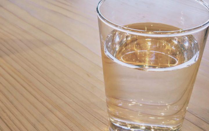 二日酔い対策はお水を飲むこと